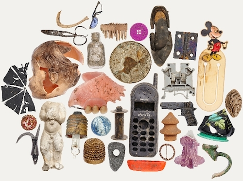 image of an assemblage of artifacts